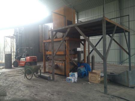 内蒙古电瓶炼铅炉设备厂家-临沂品牌好的废电瓶炼铅炉设备哪家有