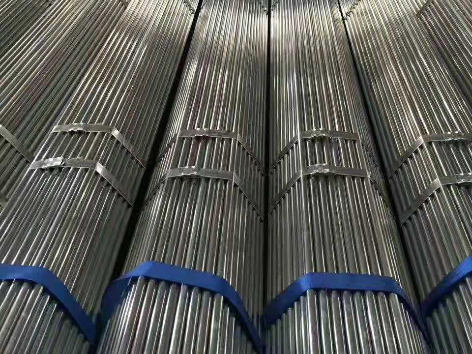 镀锌带管价格,买韧性强的镀锌带管就到兆亿管业