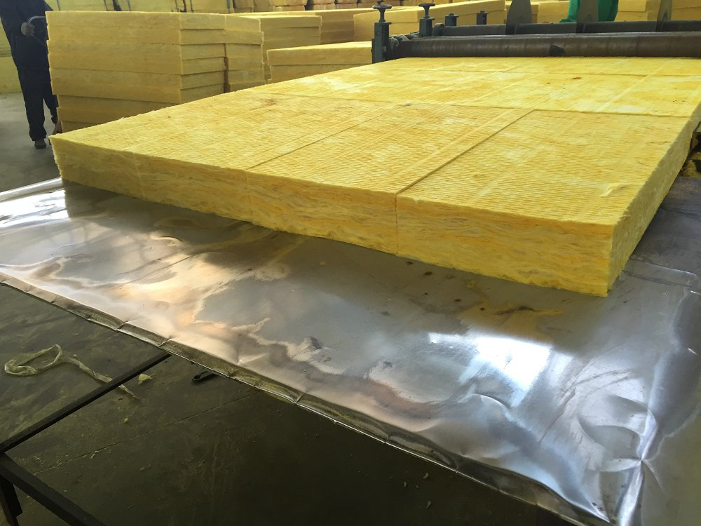 立丝裹覆增强玻璃纤维板做法
