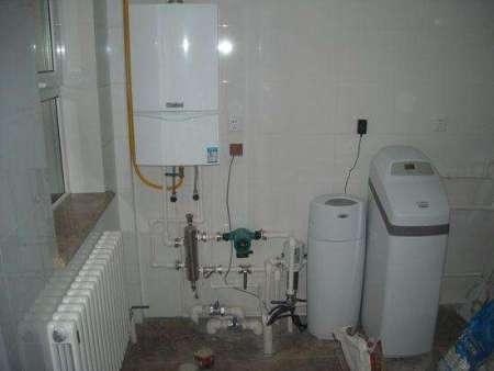西安海尔壁挂炉维修-永诚家用电器维修中心提供的西安壁挂炉维修服务专业