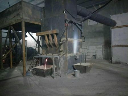 河南废旧电瓶炼铅炉价格-山东好用的炼铅炉设备