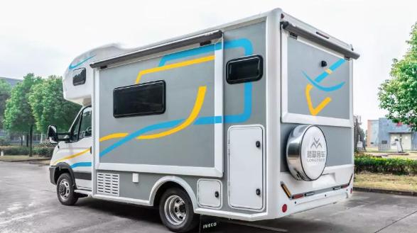 湖州房车销售-选称心的环球房车就到新重汽广雨房车