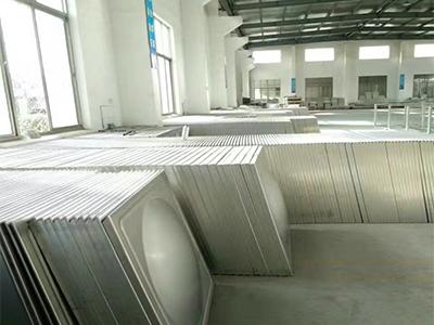 不銹鋼水箱模壓板生產廠家|要買銷量好的不銹鋼水箱模壓板就來蘇明馳