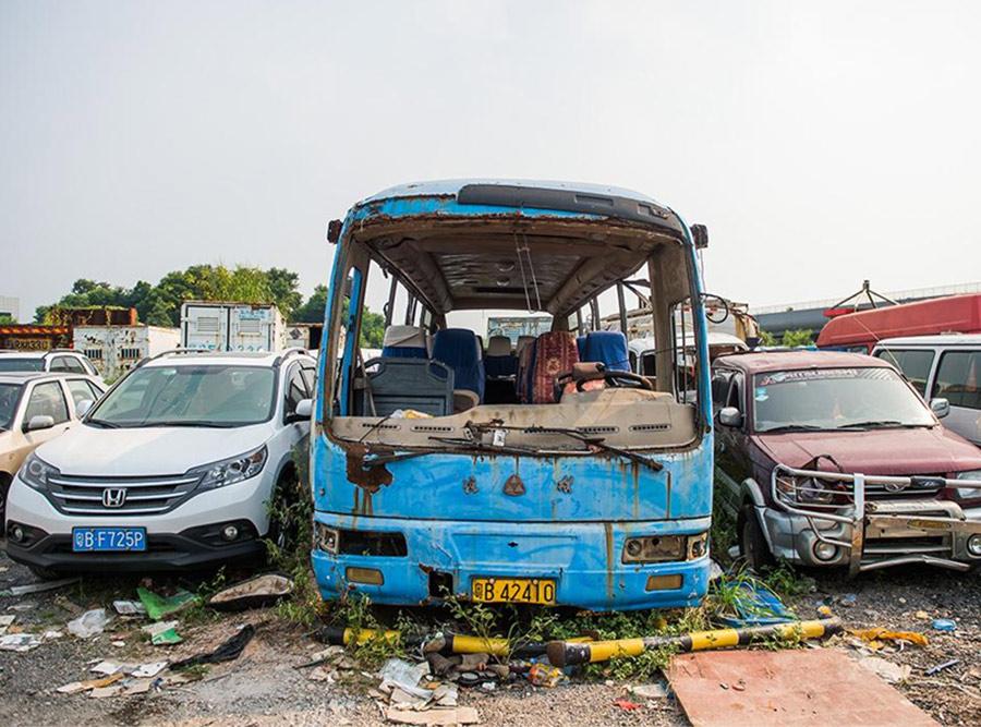车辆报废回收公司-昆明可靠的客车报废回收哪里有提供