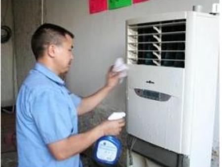 专业的西安空调售后当选驿路家电 新城区新科空调售后维修