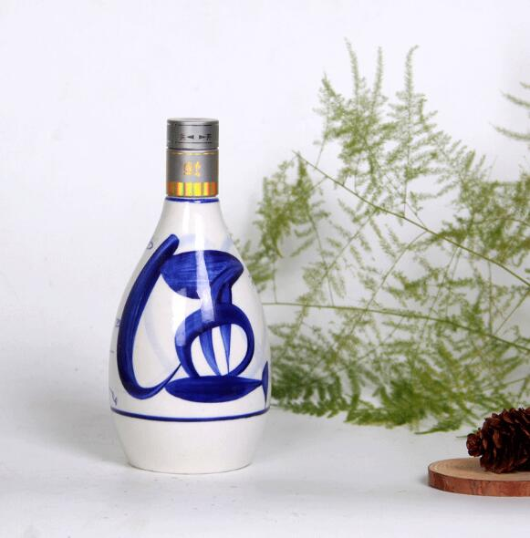 重慶玻璃酒瓶廠家-專業的博陶陶瓷報價