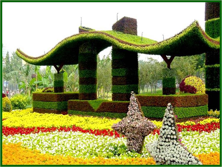 广场地标绿雕