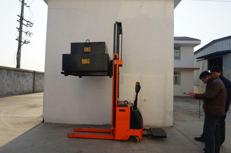 安徽信譽好的2T電動堆高車找惠澤 15301421606