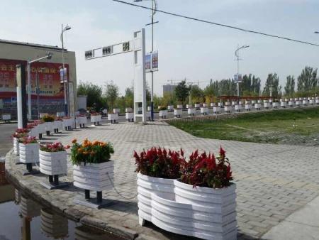 吉林绿化花箱厂家|沈阳杰欣景观绿化工程有品质的花箱出售