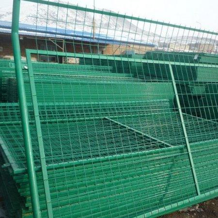 护栏防护网报价|成帅供应有品质的护栏防护网