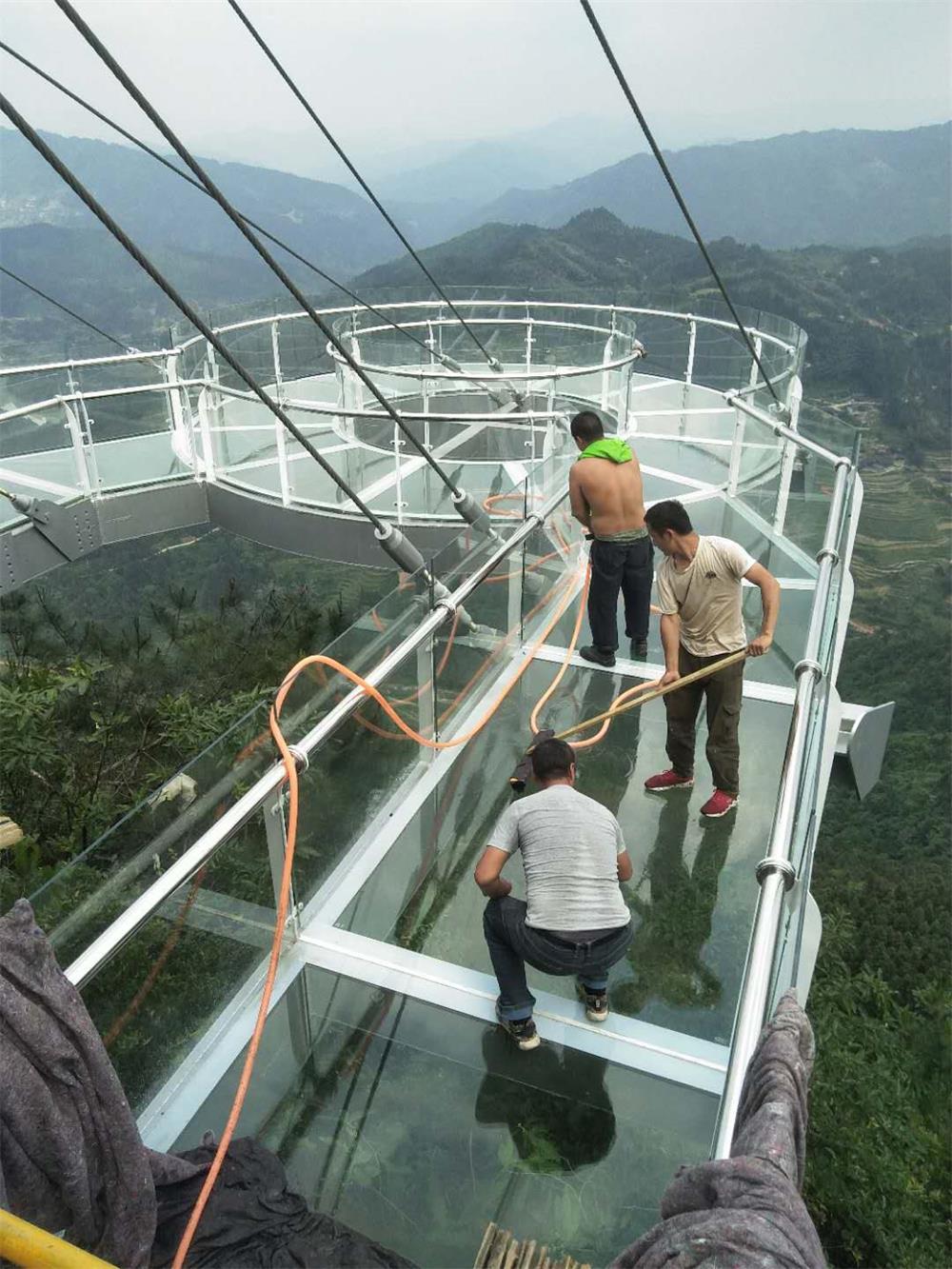 山东玻璃观景台哪家好-想要专业的娱乐休闲项目就找盛达游乐设施