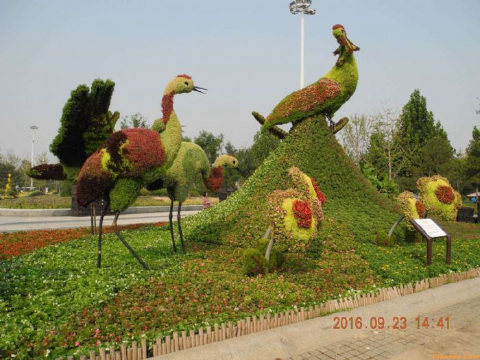 绿雕zhizuo厂家-手fa细腻的dong物绿雕出售
