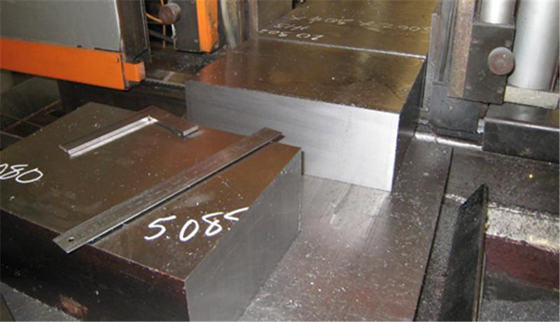 供应CLC2083模具钢