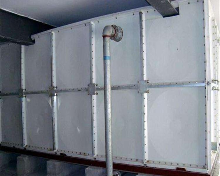19年玻璃鋼水箱最新價格咨詢電話:15383186999