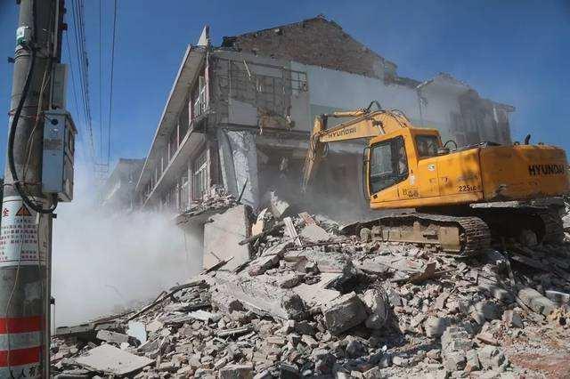 房屋拆除拆迁_多年拆除经验