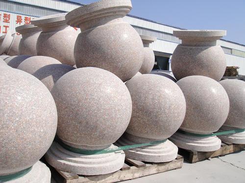 佳木斯擋車石球價格,擋車石,擋車圓石,圓形擋車石
