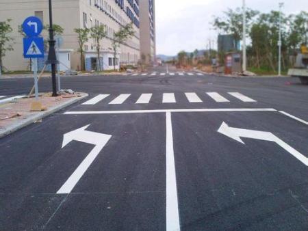長春道路劃線的規范要求!
