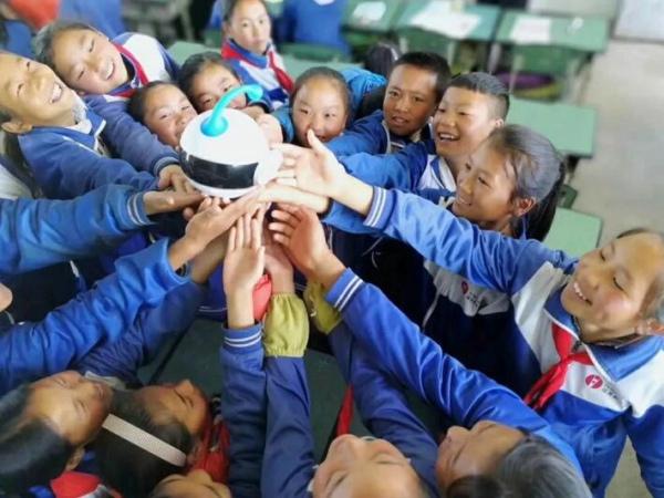 儿童机器人信息-智伴儿童机器人价格行情