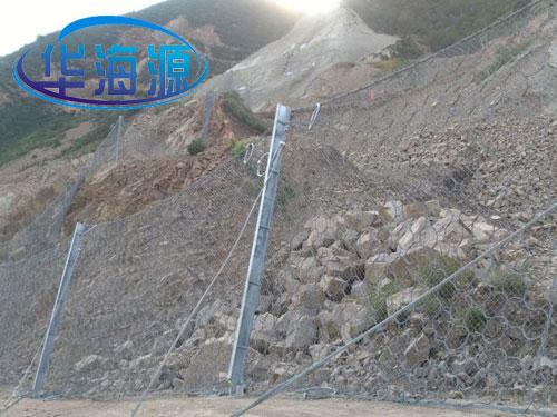 边坡滚石拦截被动防护网_15131856266国标被动防护网