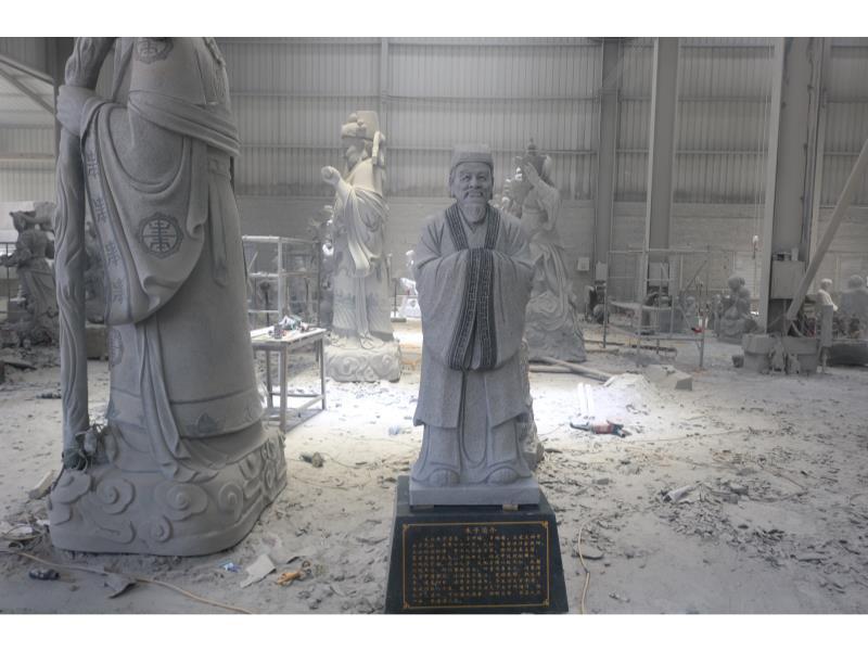 人物雕刻厂家-提供实力可靠的人物雕刻