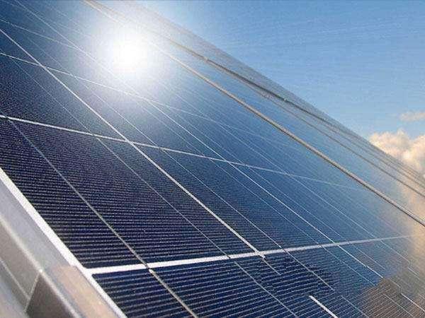 阿勒泰太阳能厂家|供应唐新电子科技公司特色的新疆太阳能集热板