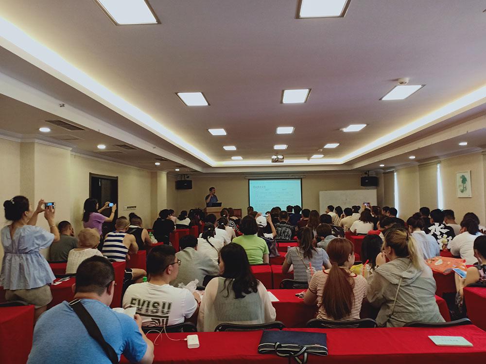 导游考试报名时间_知名初级中级导游资格培训机构推荐