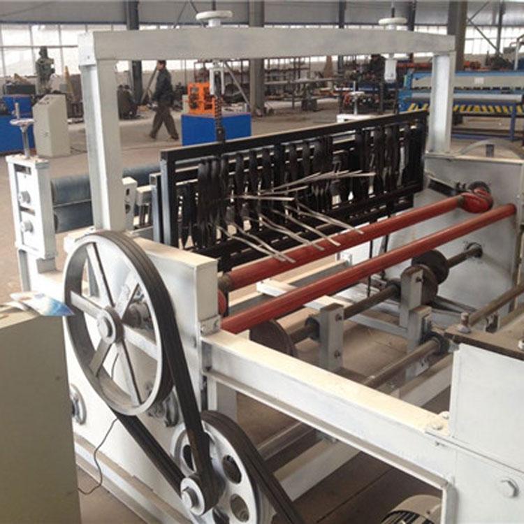 河北半自动轧花网机生产厂家-半自动轧花网机专业生产厂家