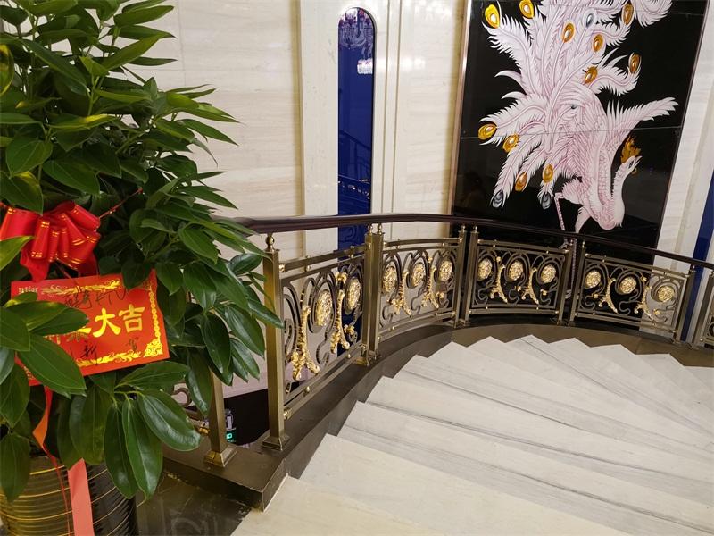 购买铜铝护栏楼梯安装优选佛山奥金斯