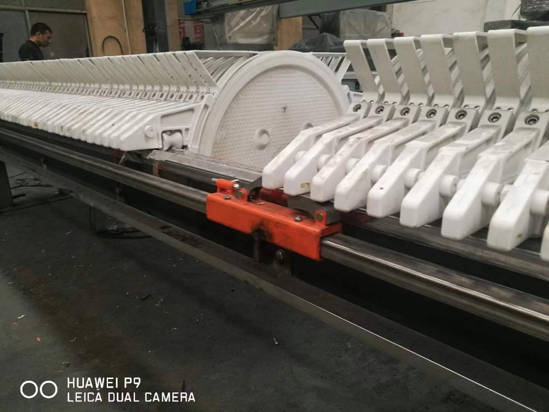 廠家供應高壓圓形壓濾機高效圓形濾泥機