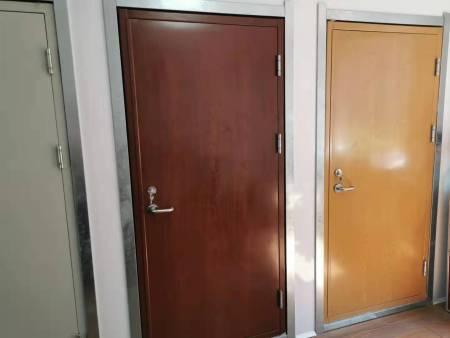 万博手机钢质门厂家分享钢质门的保养方法