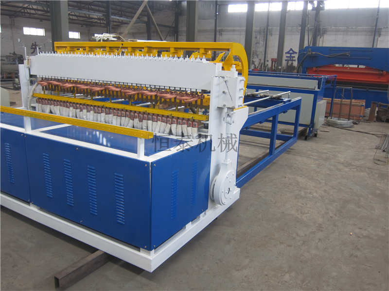 衡水哪里有供应圈玉米网焊机_优质的圈玉米网 电焊网机哪里可以