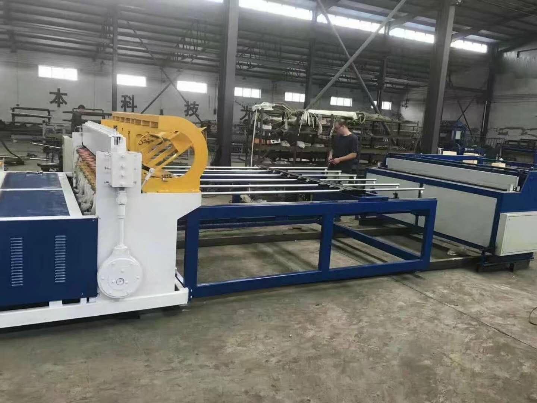 钢筋排焊机全自动排焊机山东养殖网排焊机鸡笼网排焊机 护栏网