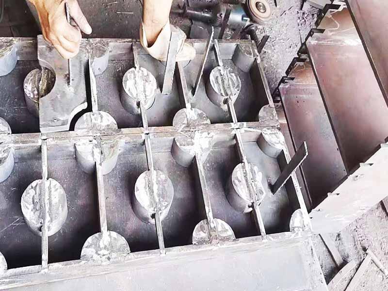曲靖砖机托板报价-临沂高质量的砖机模具-厂家直销