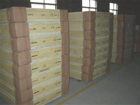 山东聚氨酯挂钩板价格_雪峰制冷供应值得信赖的聚氨酯挂钩板