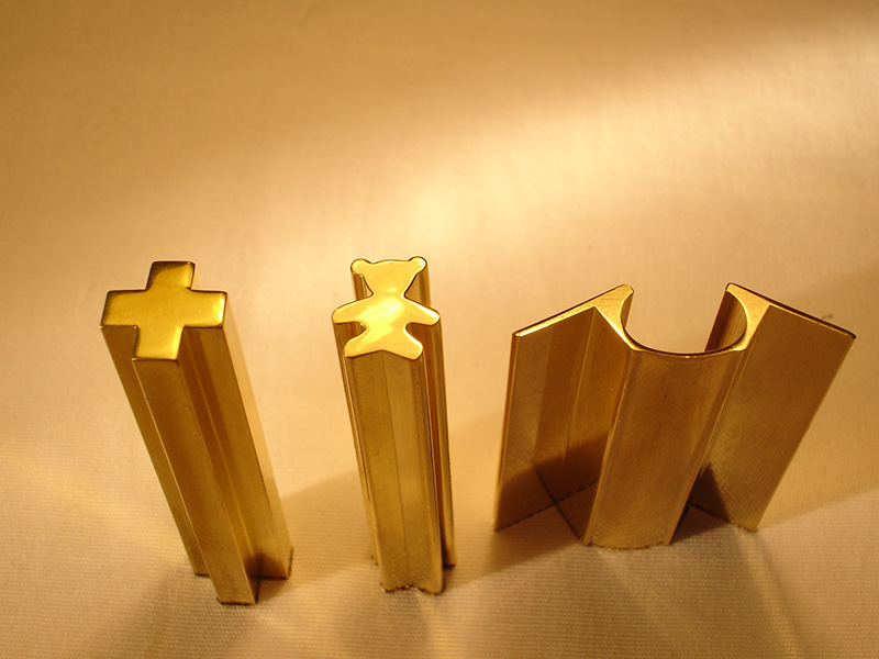 易散热六角铜棒|如何选购合格的异型铅黄铜
