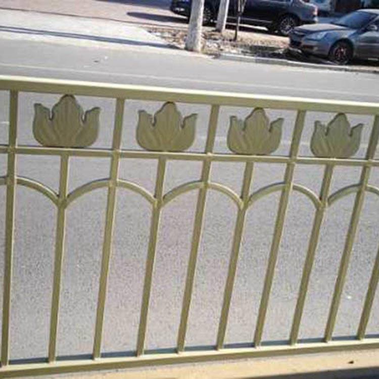 山东金色护栏报价-名声好的金色护栏供应商推荐