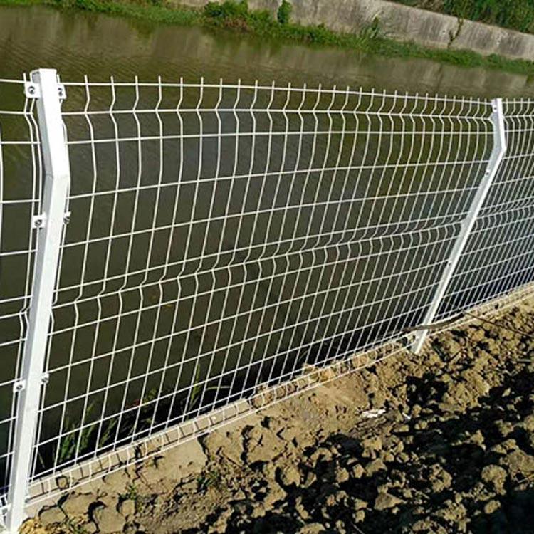 河北高速护栏网_衡水价格实惠的高速护栏网哪里有供应