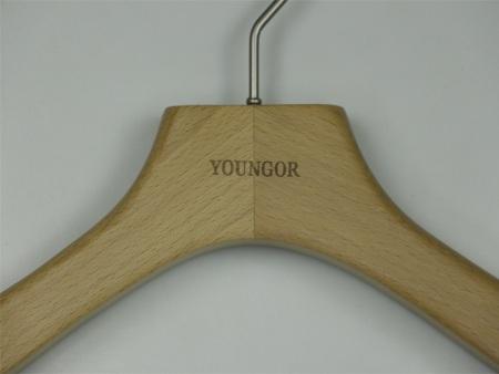 服装木衣架厂商|信誉好的服装木衣架供货商