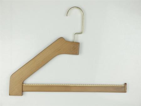 木衣架廠商-有品質的襯衫木衣架生產公司