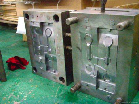 铝合金压铸模具,冲压五金模具厂