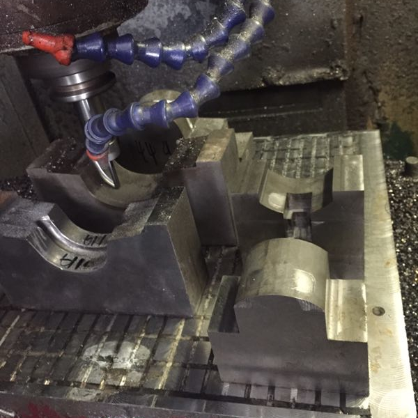 云浮cnc電腦鑼_買鑄鐵模具就來新鴻宇模具
