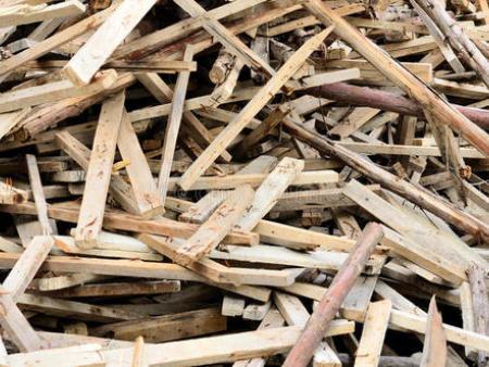 沈阳回收锯沫,沈阳回收旧木头-沈阳众禾生物质颗粒