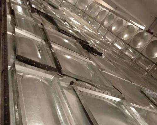 甘肃镀锌钢板水箱-如何选择产品好的甘肃镀锌钢板水箱厂家