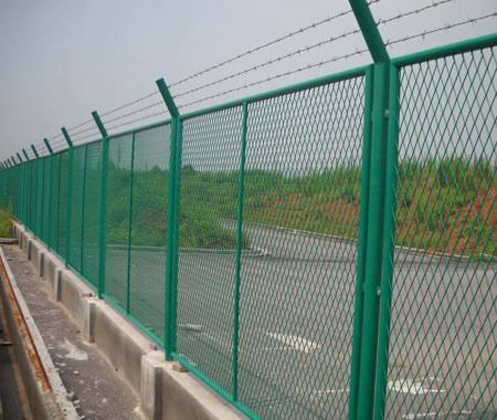 吴忠高速护栏网价格-银川高速护栏网厂家推荐