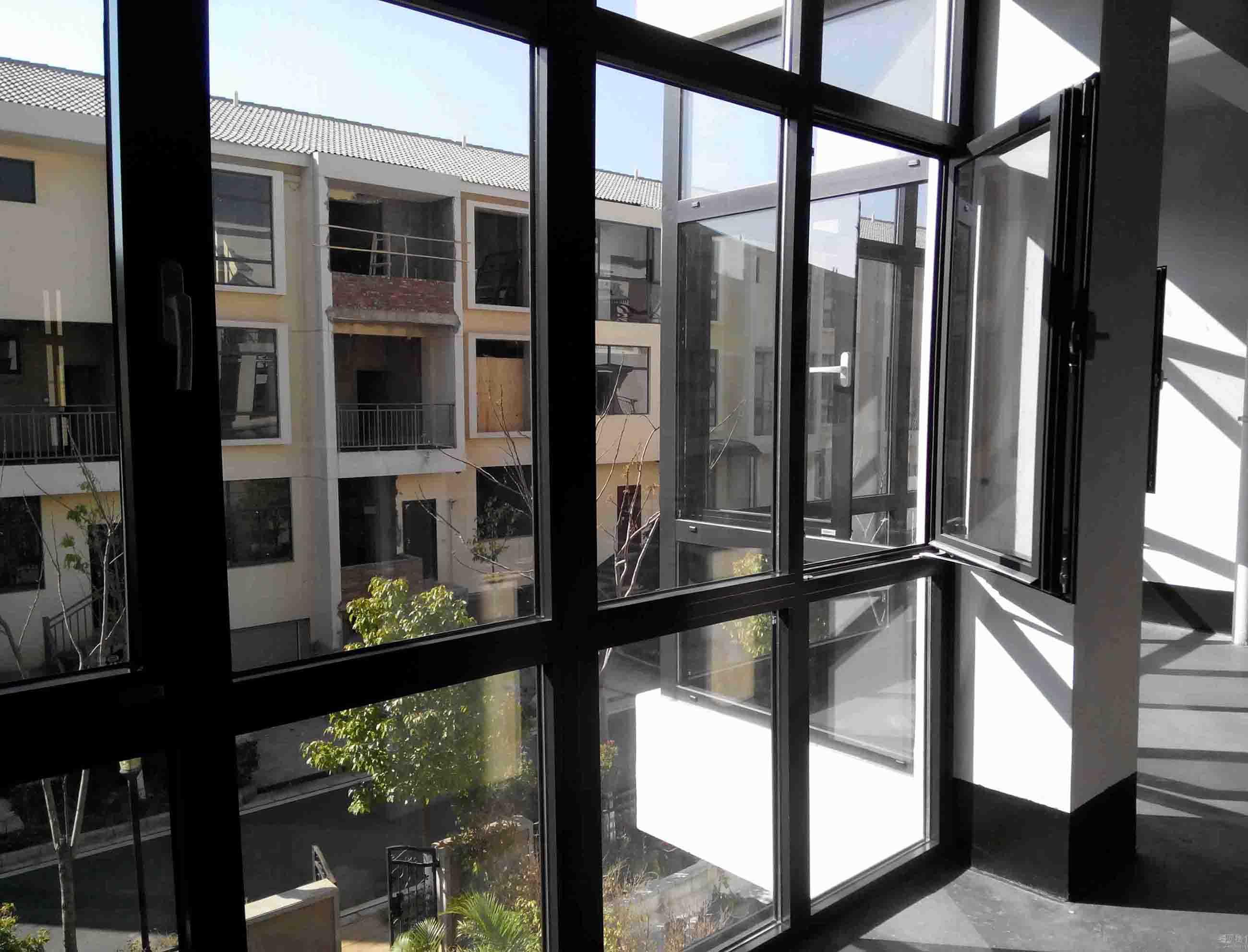 沈阳系统门窗厂家  盘锦断桥铝门窗批发 就选沈阳泰裕铝型材