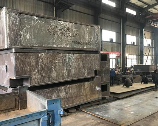 温州焊接外加工-机架焊接冷作外加工选志刚焊接