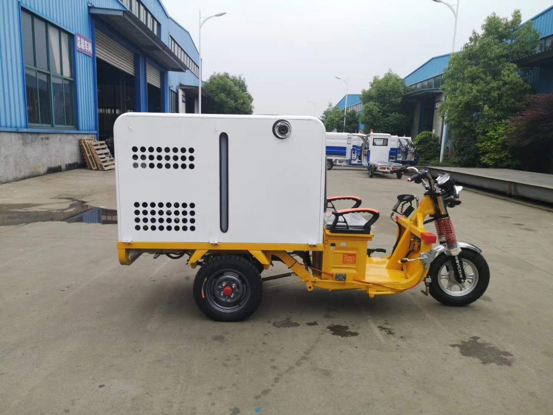 郑州品牌好的电动三轮高压清洗车价格,高压冲洗车图片