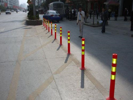 天水塑料警示柱廠家-路發交通提供質量硬的天水反光柱