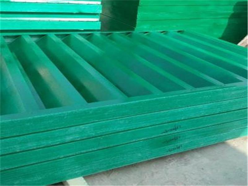 黑龍江齊哈爾化工廠車間透氣百葉條手糊一體玻璃鋼百葉窗顏色