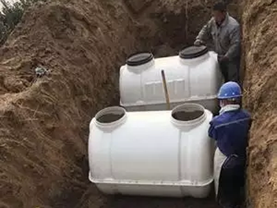 衡龙专业生产模压化粪池,种类齐全,欢迎订购